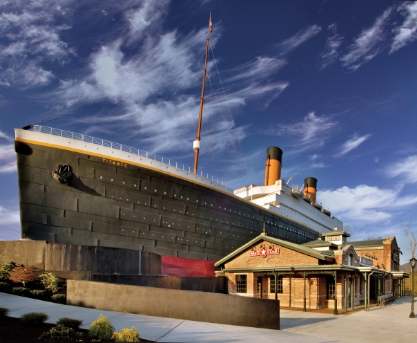 titanic-pf-exterior01